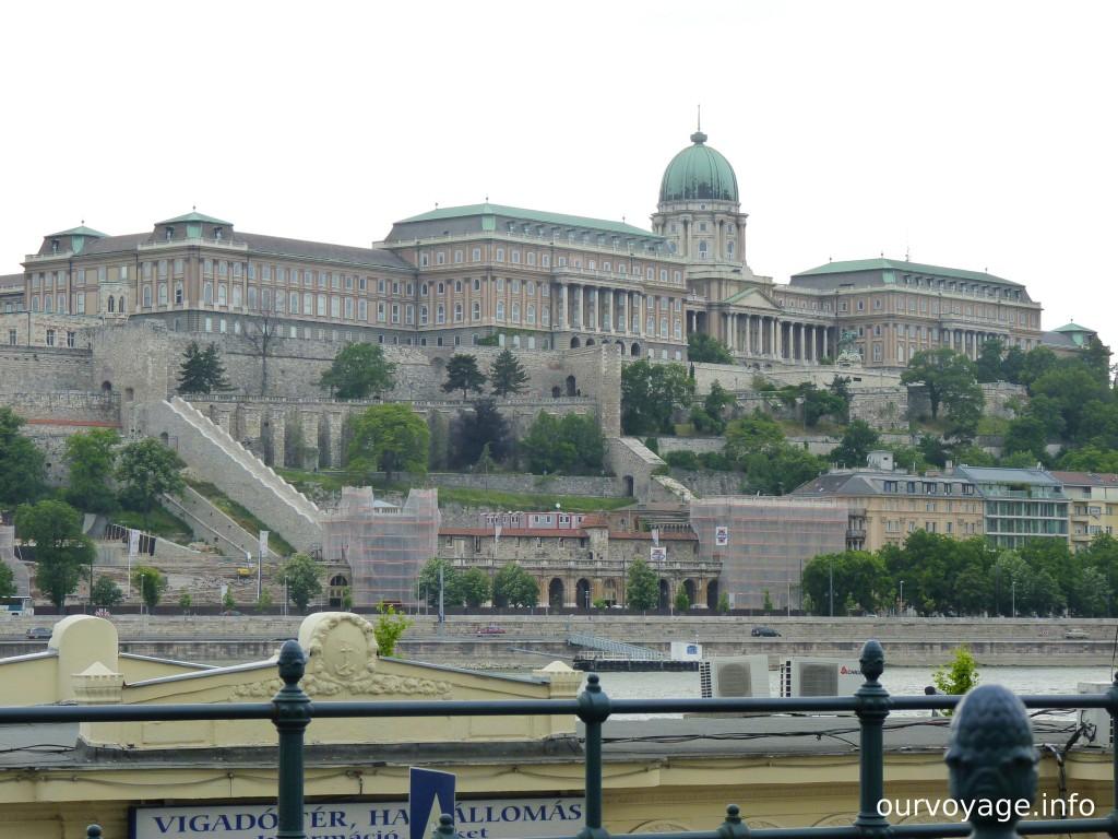 Замок Буда