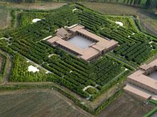 http://www.designboom.com/design/bamboo-labyrinth-by-franco-maria-ricci-in-fontanellato-near-parma-02-05-2014/